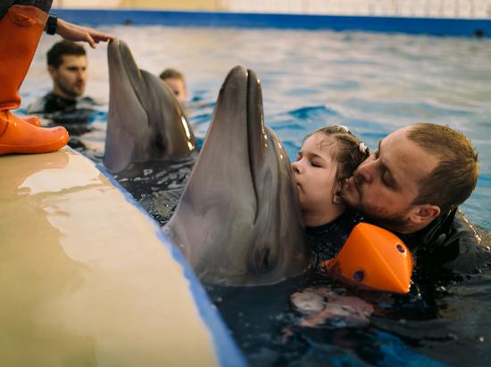 Диагноз не приговор: девочке из Марий Эл могут помочь дельфины и земляки